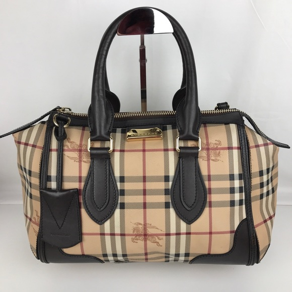 7d4bdf5528cd Burberry Handbags - Burberry Plaid Gladstone Chocolate Tote 3870759